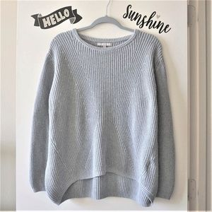 BR Light Gray Crew Neck Cozy Knit Ribbed Sweater L